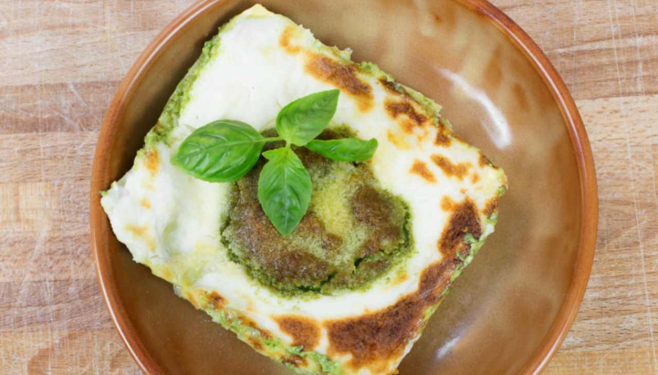 Finger food al pesto e formaggio