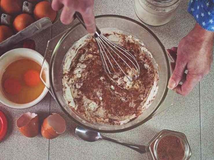 Dessert al cioccolato e frutta