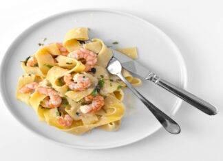 pappardelle gamberi pistacchio ricetta FOTO ricettasprint
