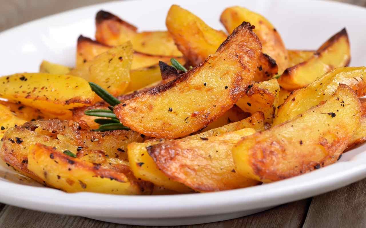 patate forno 100 calorie ricetta FOTO ricettasprint