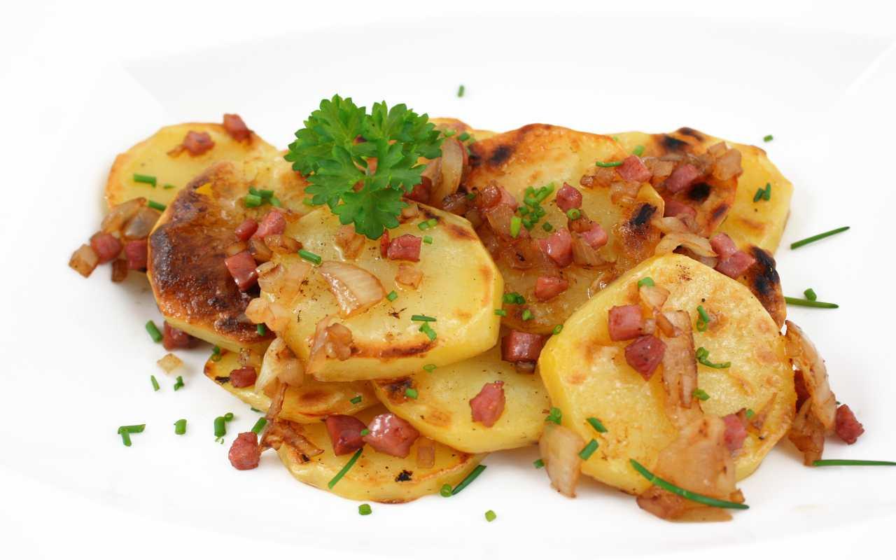 patate arrosto pancetta ricetta FOTO ricettasprint