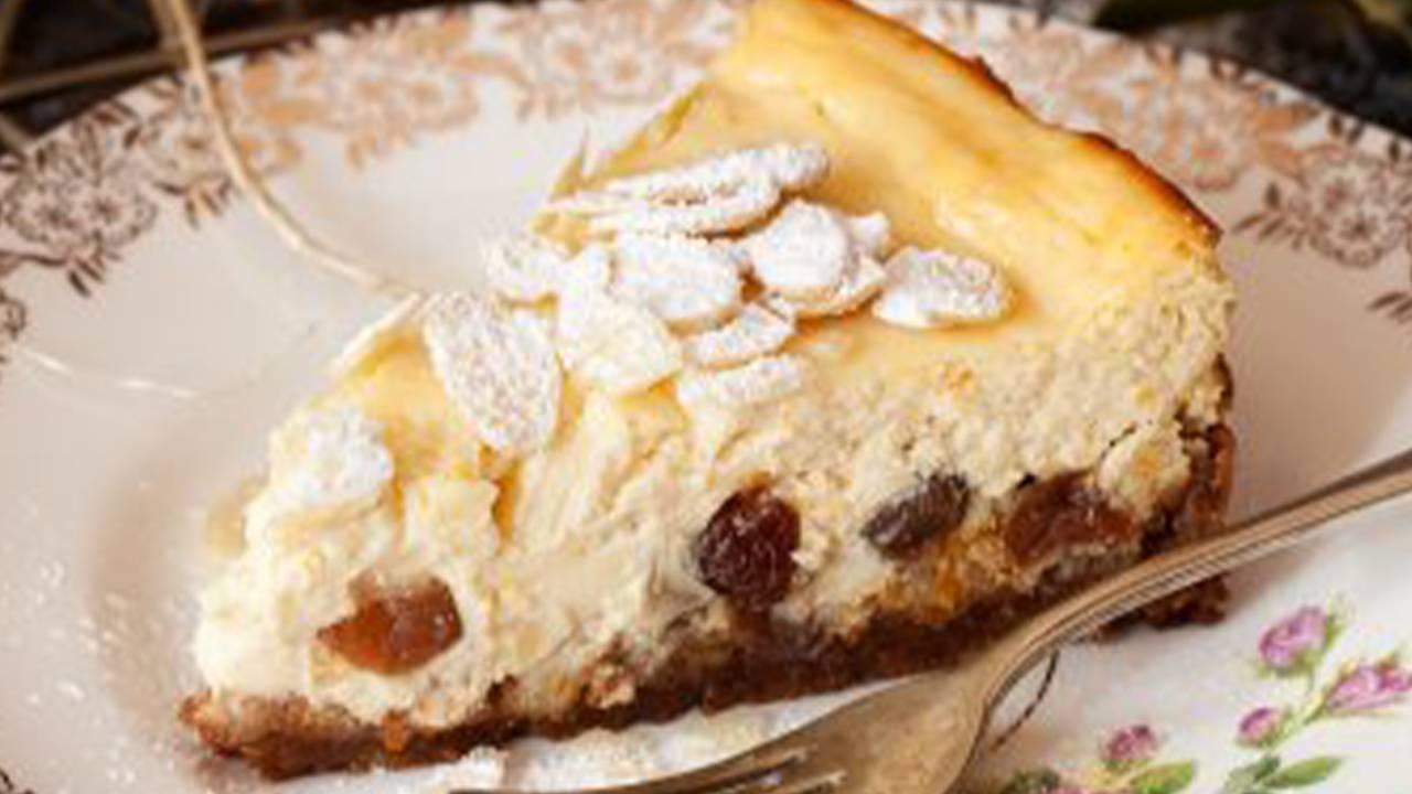 Dessert con crema d ricotta e marmellata