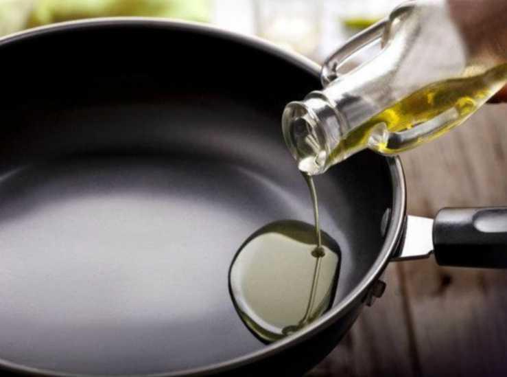 scaldare l'olio
