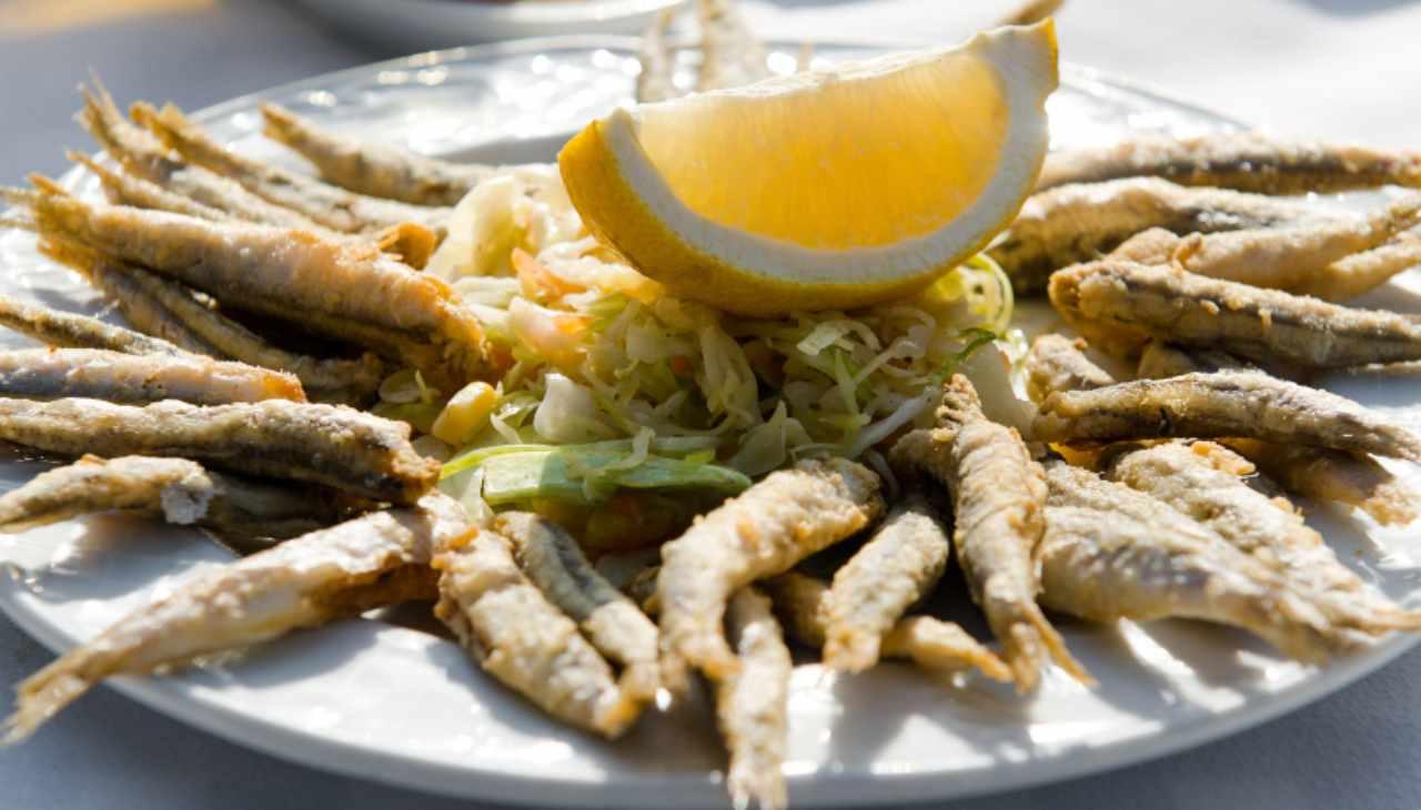 Pesce fritto ricetta tipica napoletana