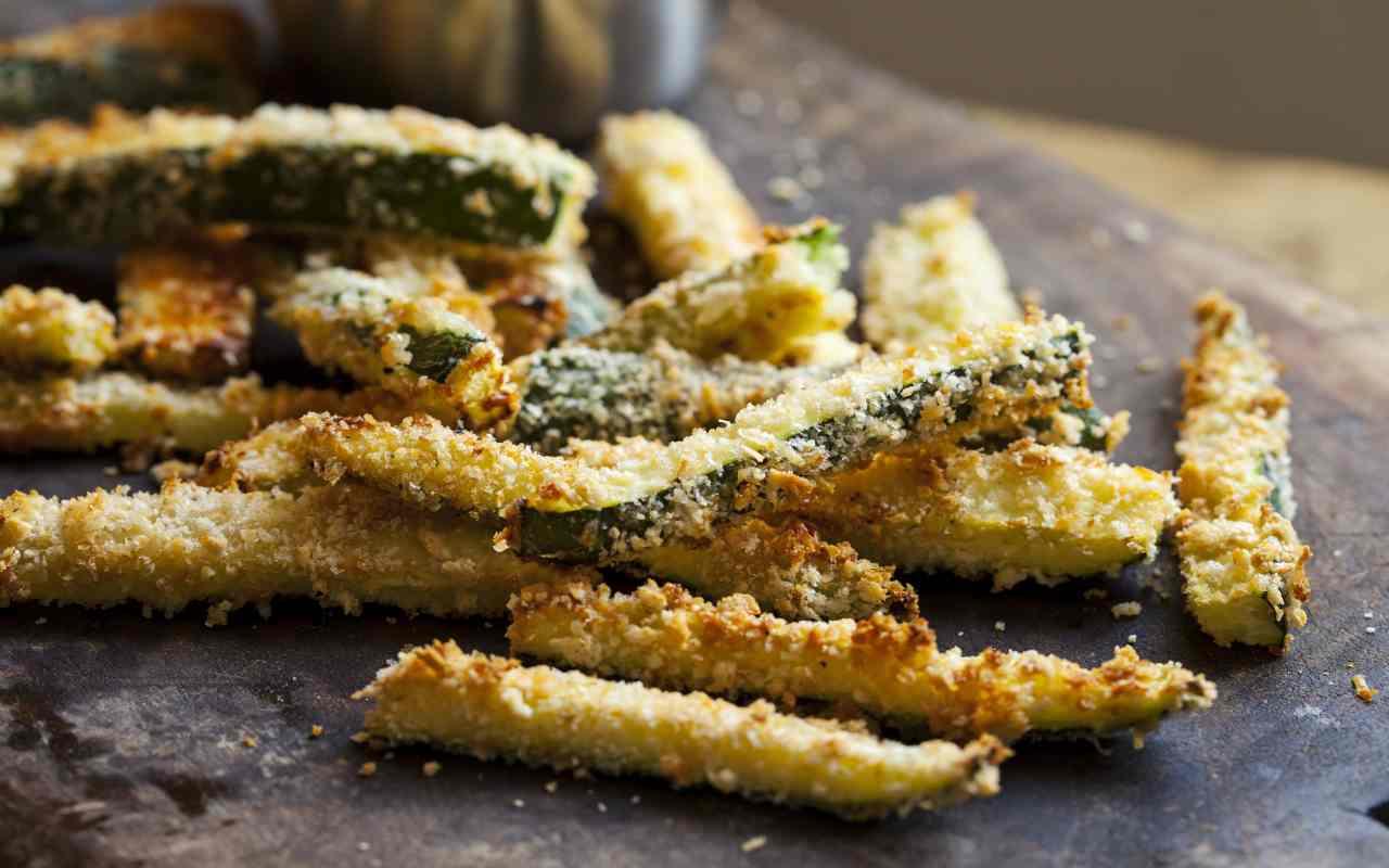 bastoncini zucchine croccanti ricetta FOTO ricettasprint