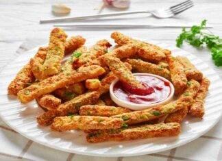bastoncini pollo zucchine ricetta FOTO ricettasprint