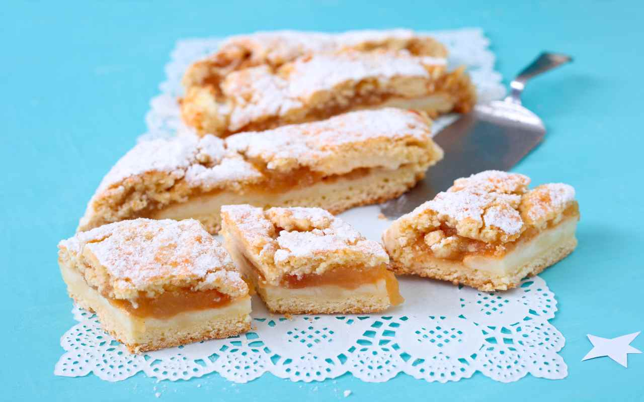 biscotti semolino marmellata ricetta FOTO ricettasprint