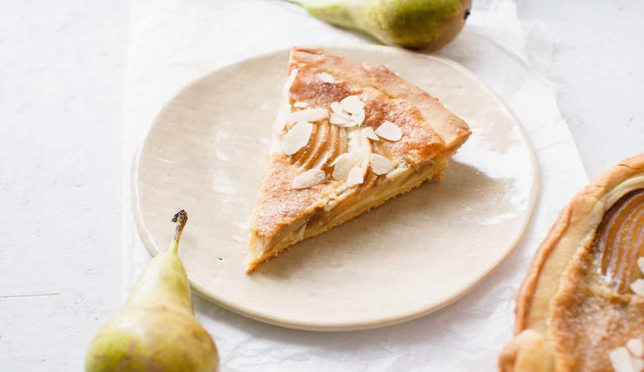 Crostata frangipane vaniglia e pera