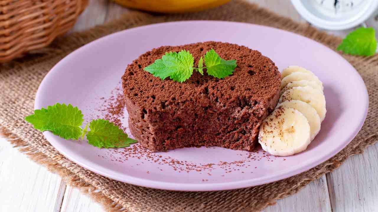 Mini torta al cioccolato e banana