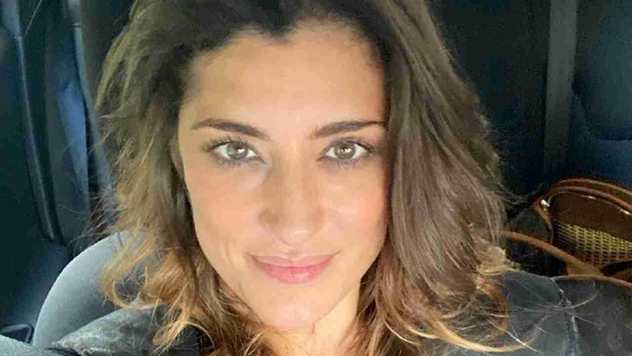 Elisa Isoardi messa a nudo - RicettaSprint
