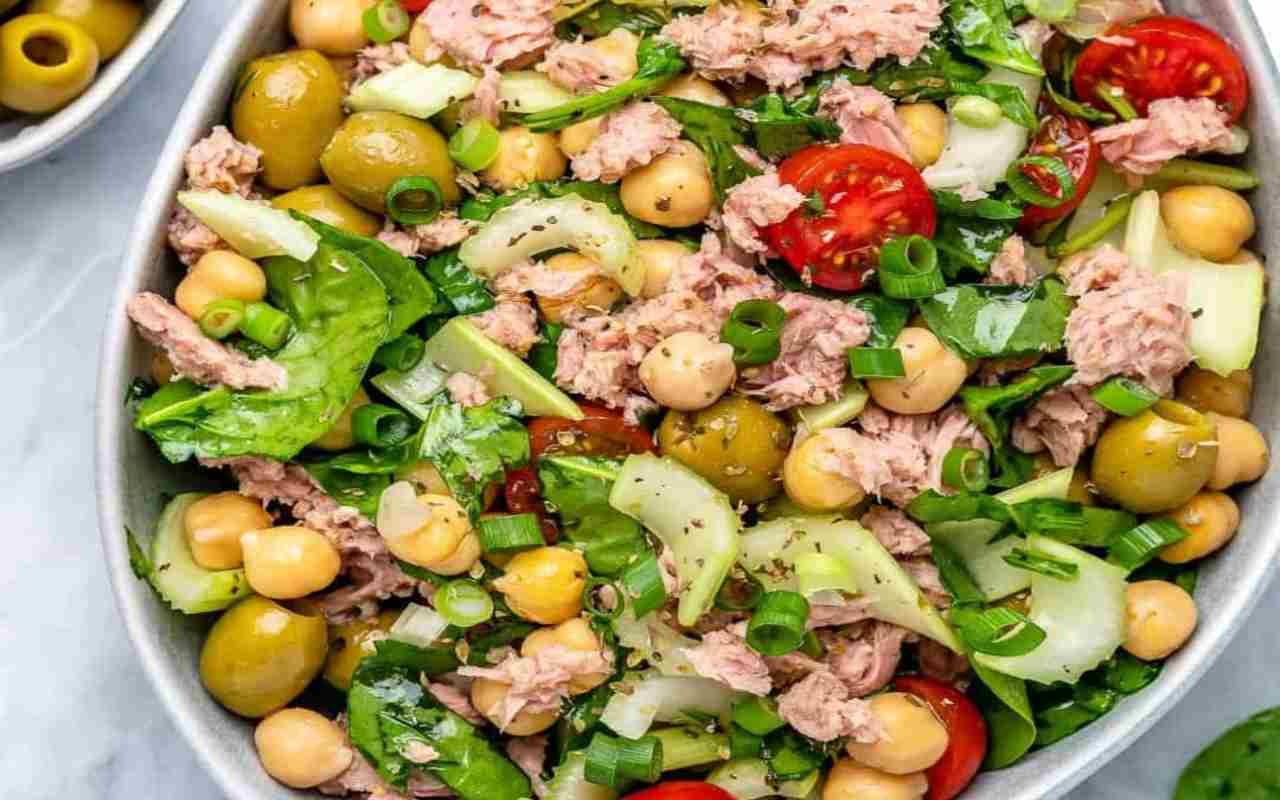 insalata ceci patate tonno ricetta FOTO ricettasprint