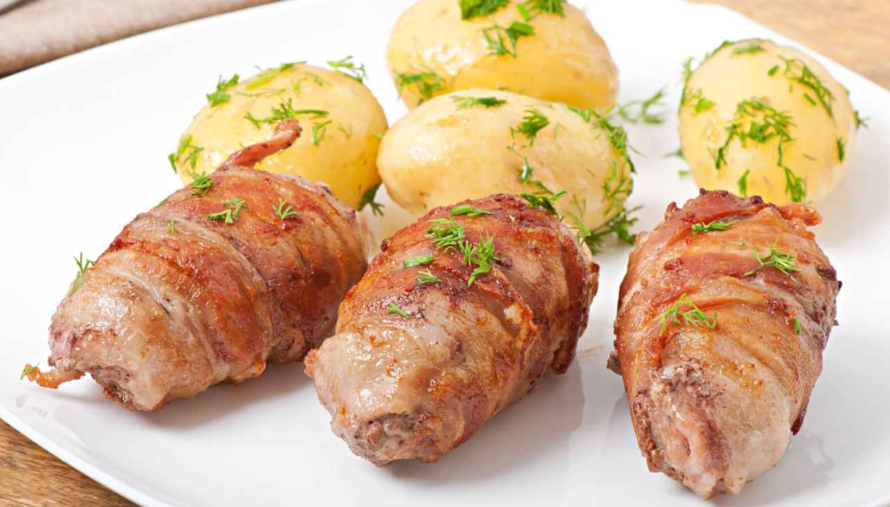 Carne avvolta nel bacon