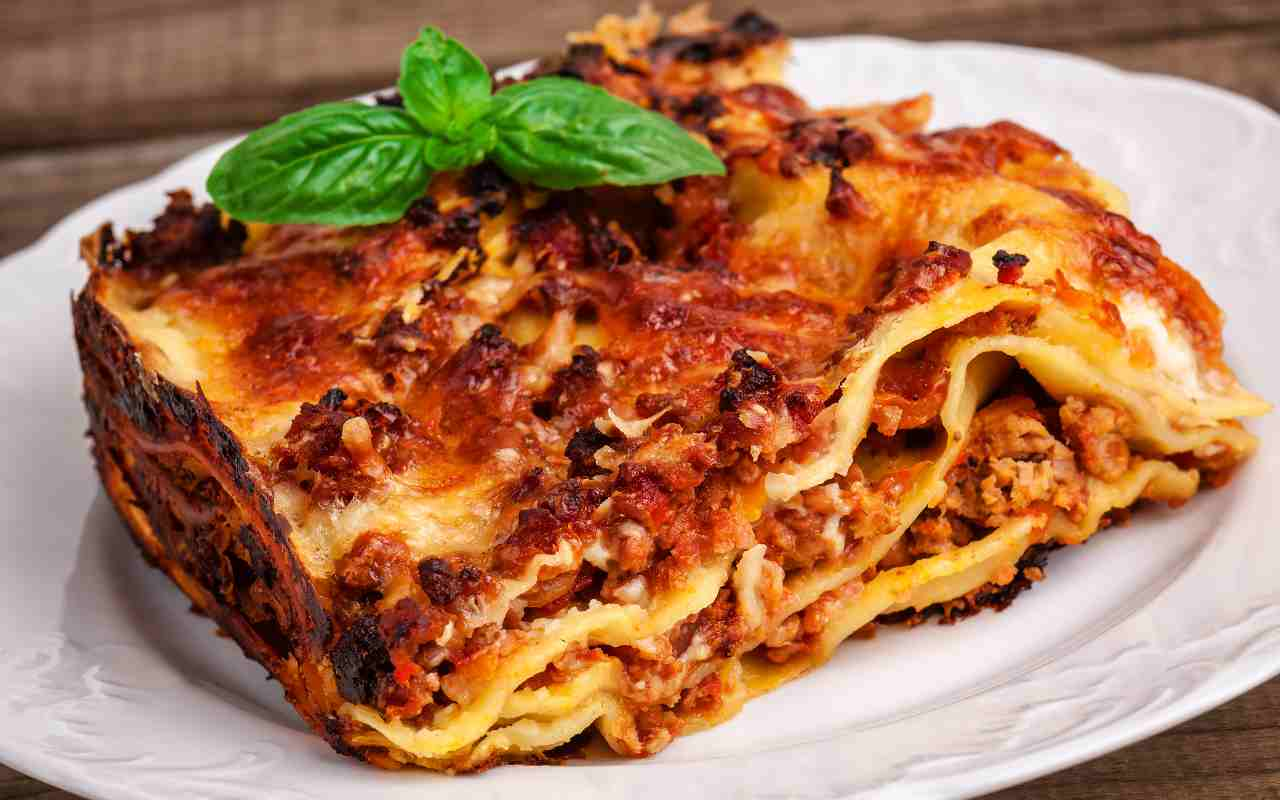 lasagne ragù funghi ricetta FOTO ricettasprint