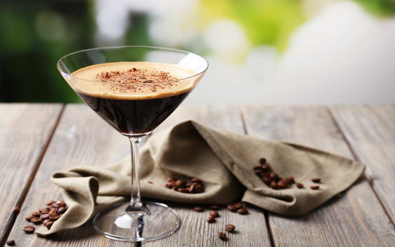 liquore cappuccino ricetta FOTO ricettasprint