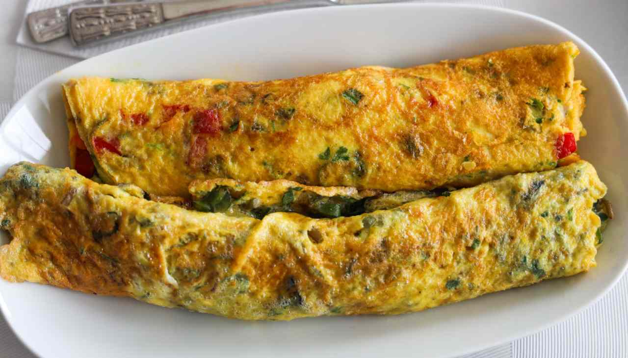 Finger food con base di uova impreziosite con prezzemolo