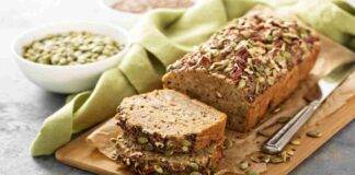 Pan bauletto di farro e pistacchi