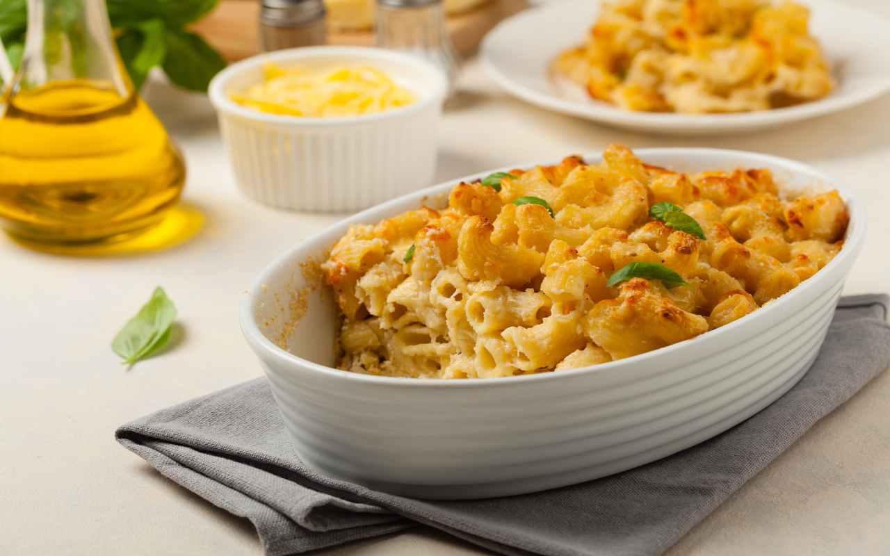 pasta forno cavolfiore salsiccia ricetta FOTO ricettasprint