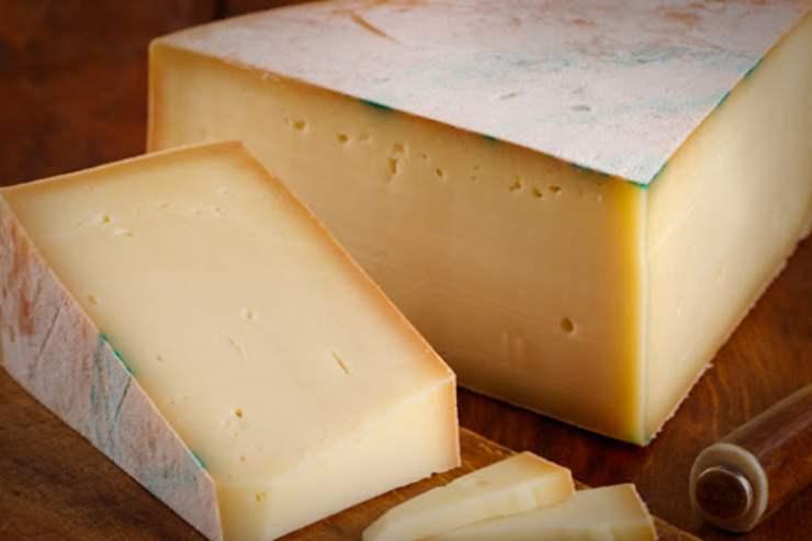 Pasta zucchine e fonduta FOTO ricettasprint