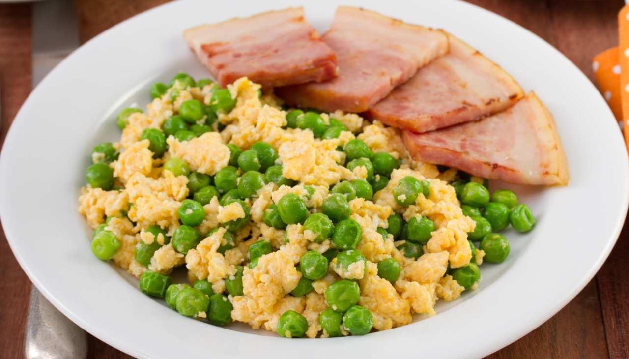 Secondo di verdura con salume e uova