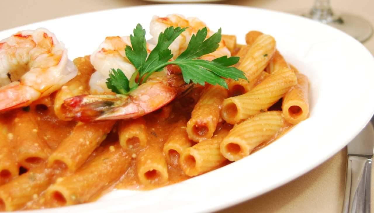 Pasta al pesce e con verdura