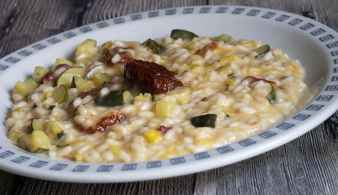 Risotto con zucchine fontina e pomodori secchi ricettasprint