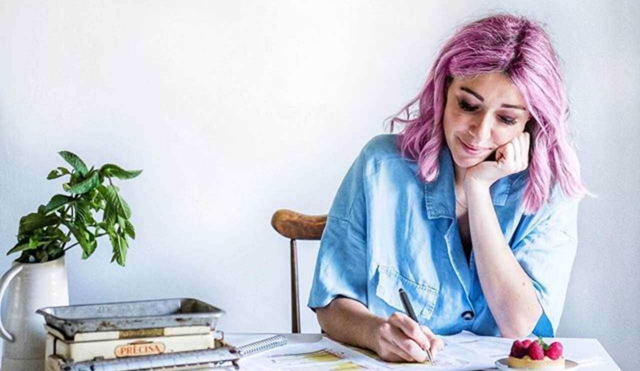 Sara Brancaccio guida torta a strati - RicettaSprint