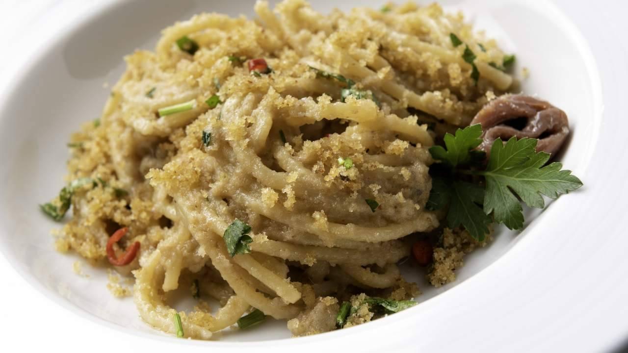 Spaghetti alla catanese | Strepitoso piatto della tradizionale