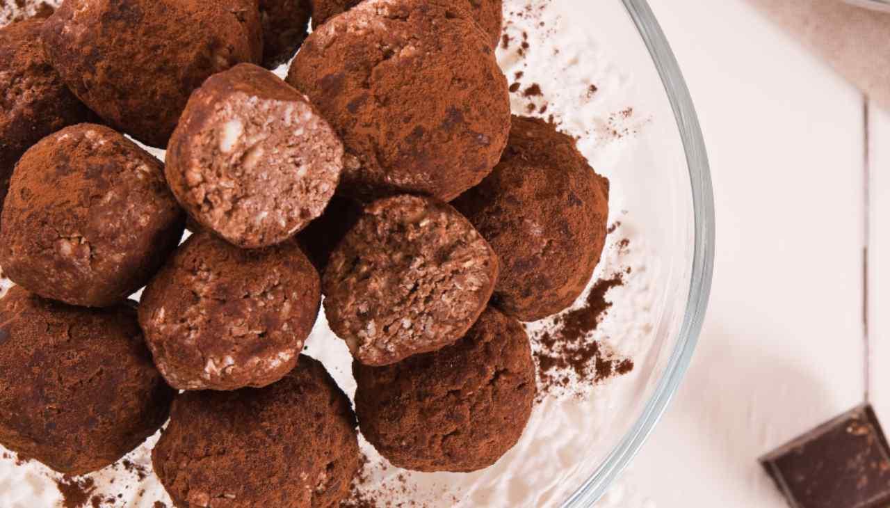 Palline ricoperte di cacao ricetta Luca Montersino