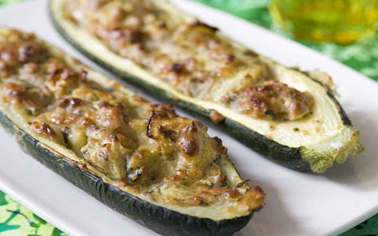 zucchine ripiene tonno capperi ricetta FOTO ricettasprint