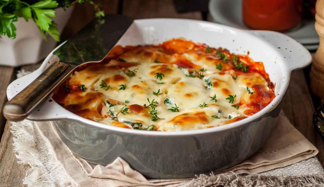 parmigiana filante di peperoni e salsiccia ricettasprint