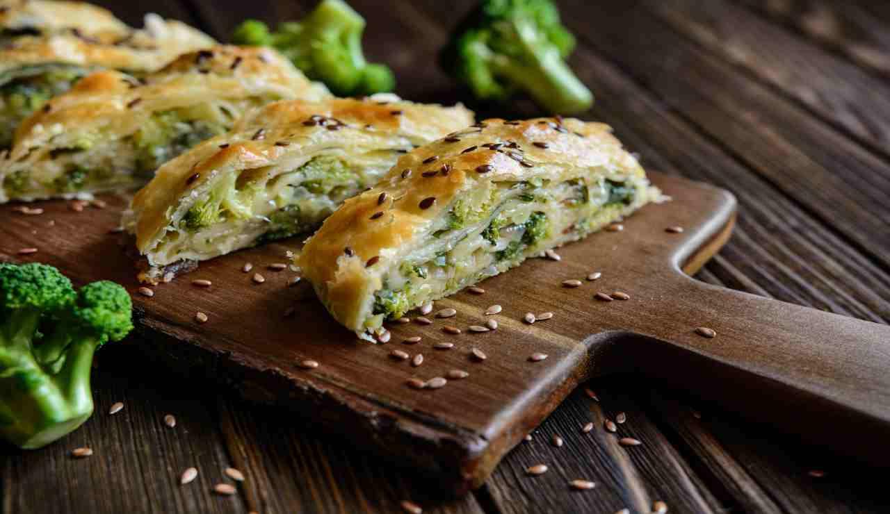 rotolo di pasta sfoglia robiola e broccoli