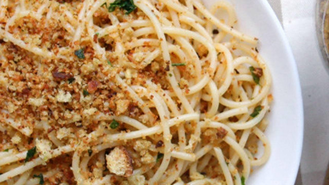 patate tagliate a spaghetti gratinate