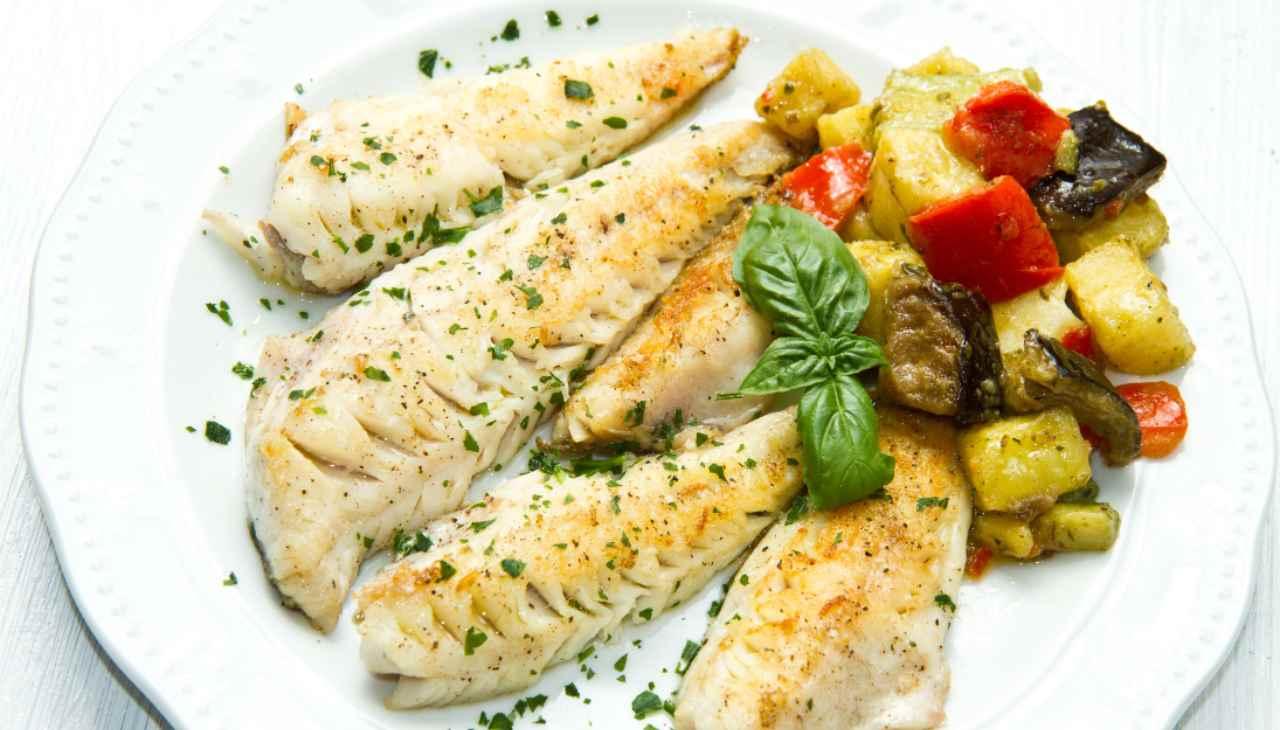 Secondo di pesce con tuberi e ortaggi