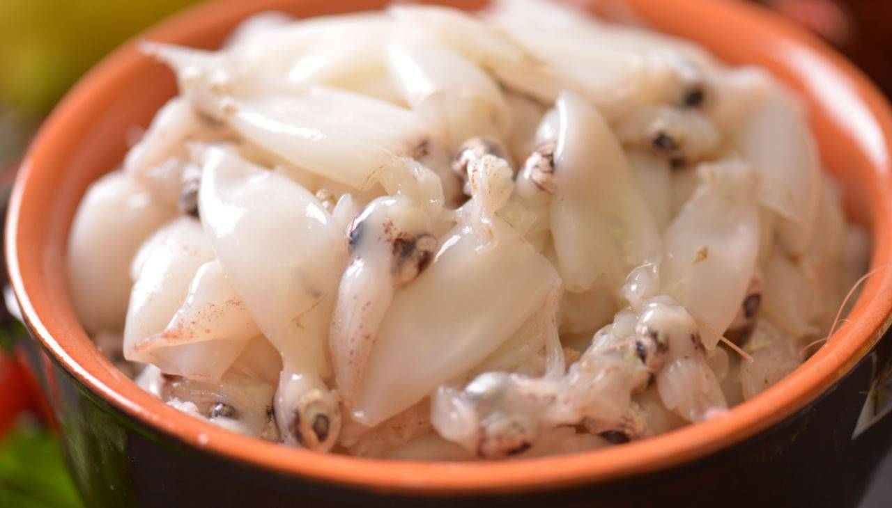 Calamari con olio, sale e pepe
