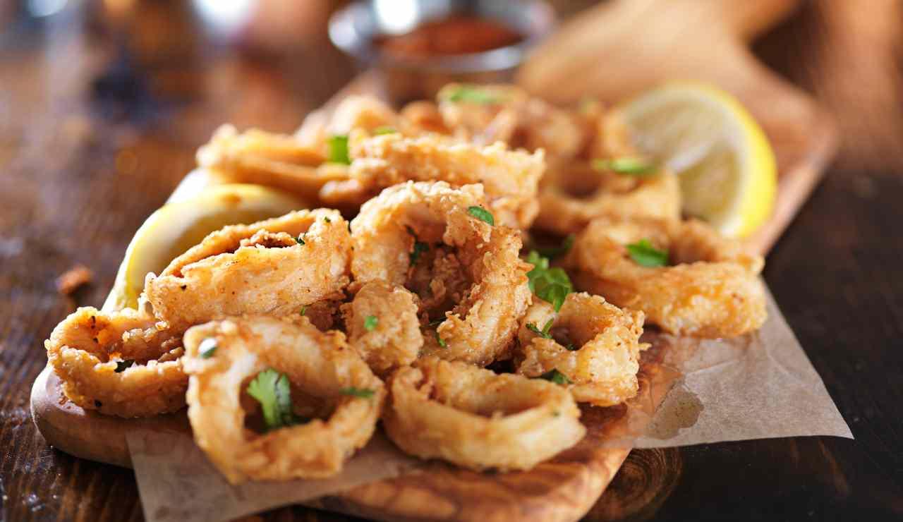 Calamari fritti in friggitrice ad aria