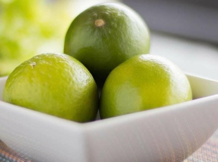 Cocktail analcolico all'uva bianca e lime ricetta