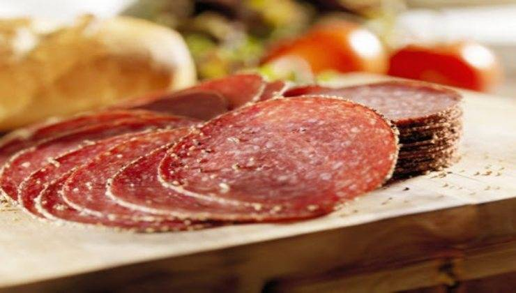 Coni di salame ripieni FOTO ricettasprint