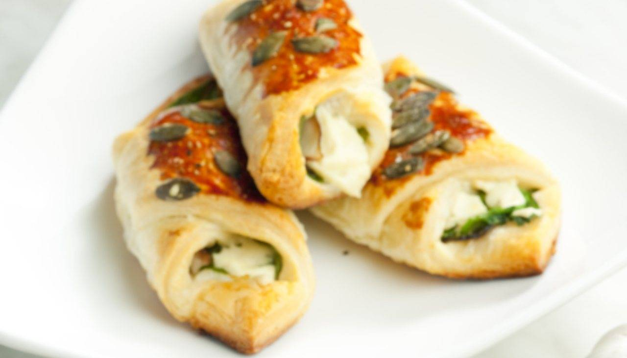 Finger food di verdura e formaggio