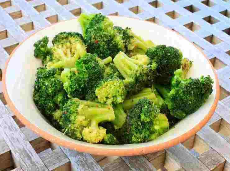 Pasta fredda con broccoli
