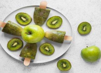 ghiacicoli kiwi e mela ricetta FOTO ricettasprint