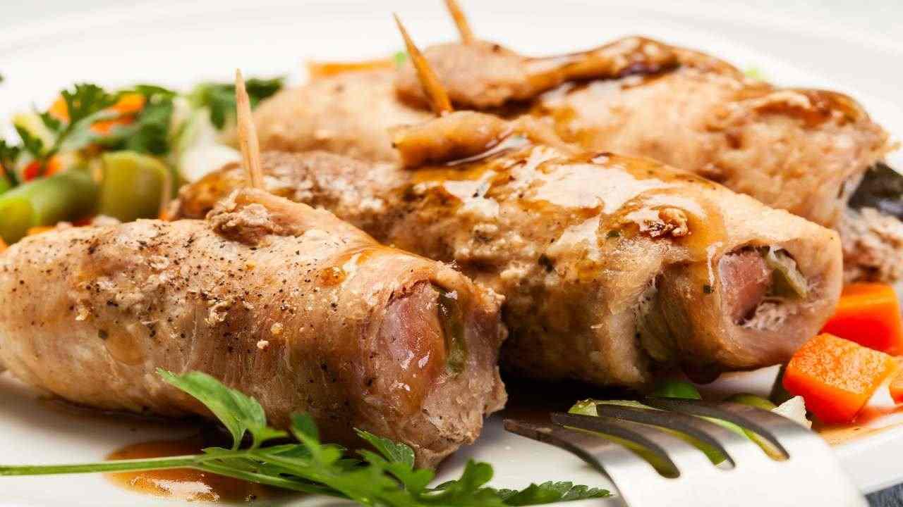 involtini carne mollica ricetta FOTO ricettasprint