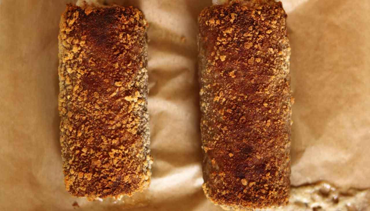 Finger food di pesce farcito, impanato e fritto