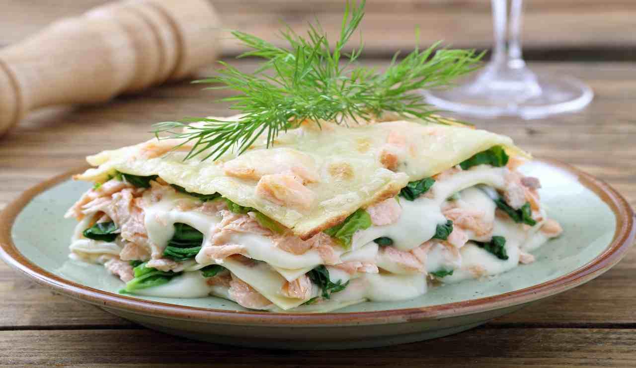 Lasagne al forno con spinaci e salmone