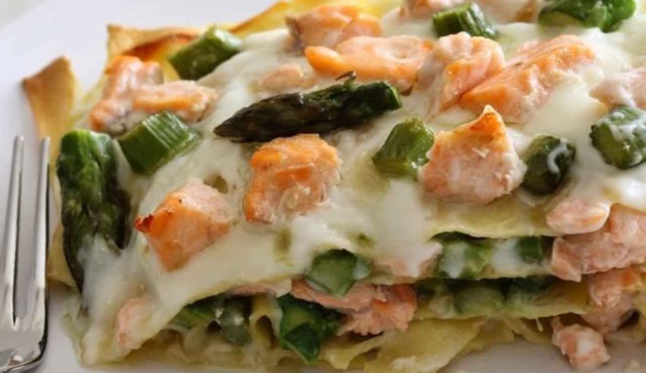 Lasagne con asparagi salmone e besciamella