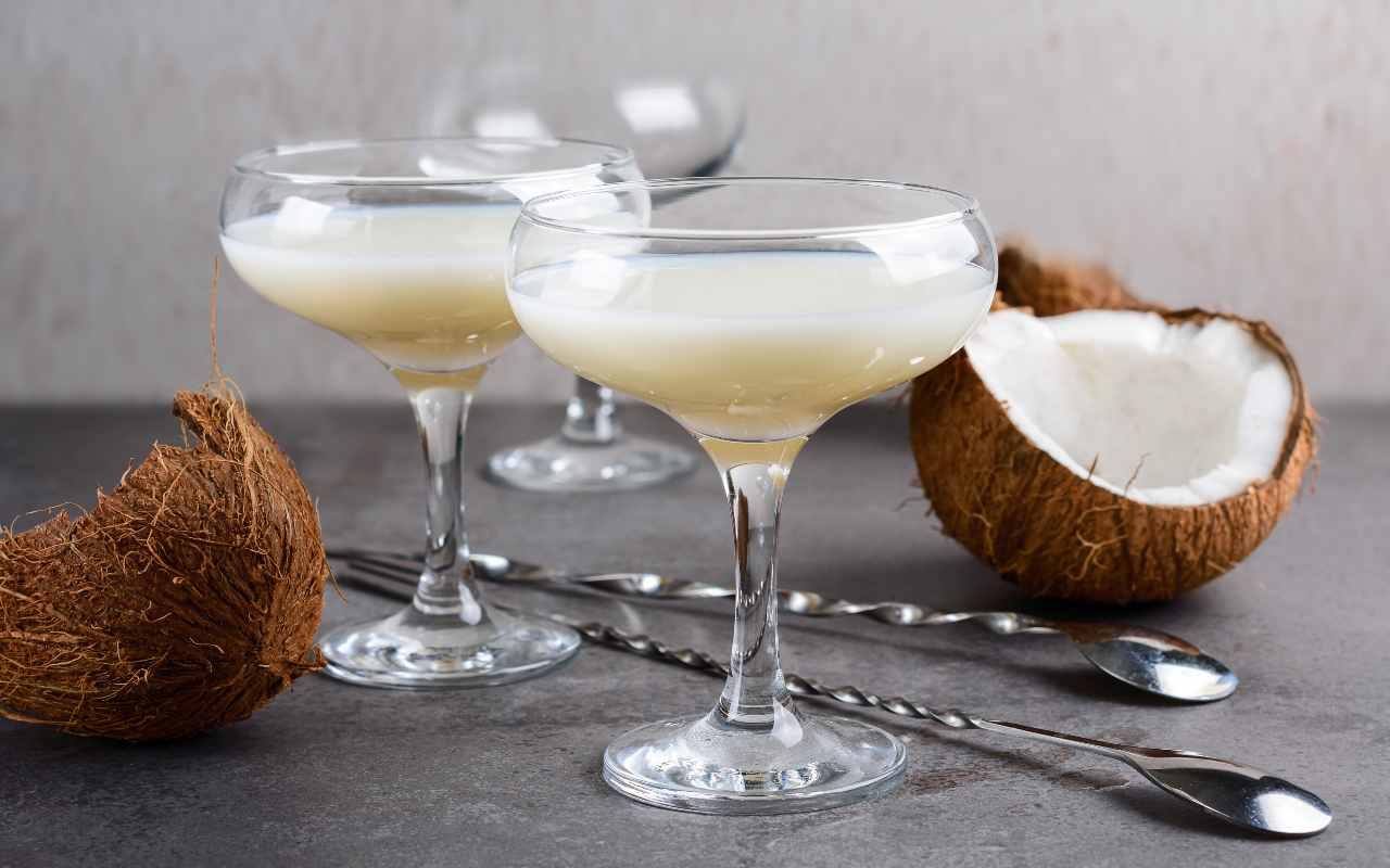 liquore cocco ricetta FOTO ricettasprint