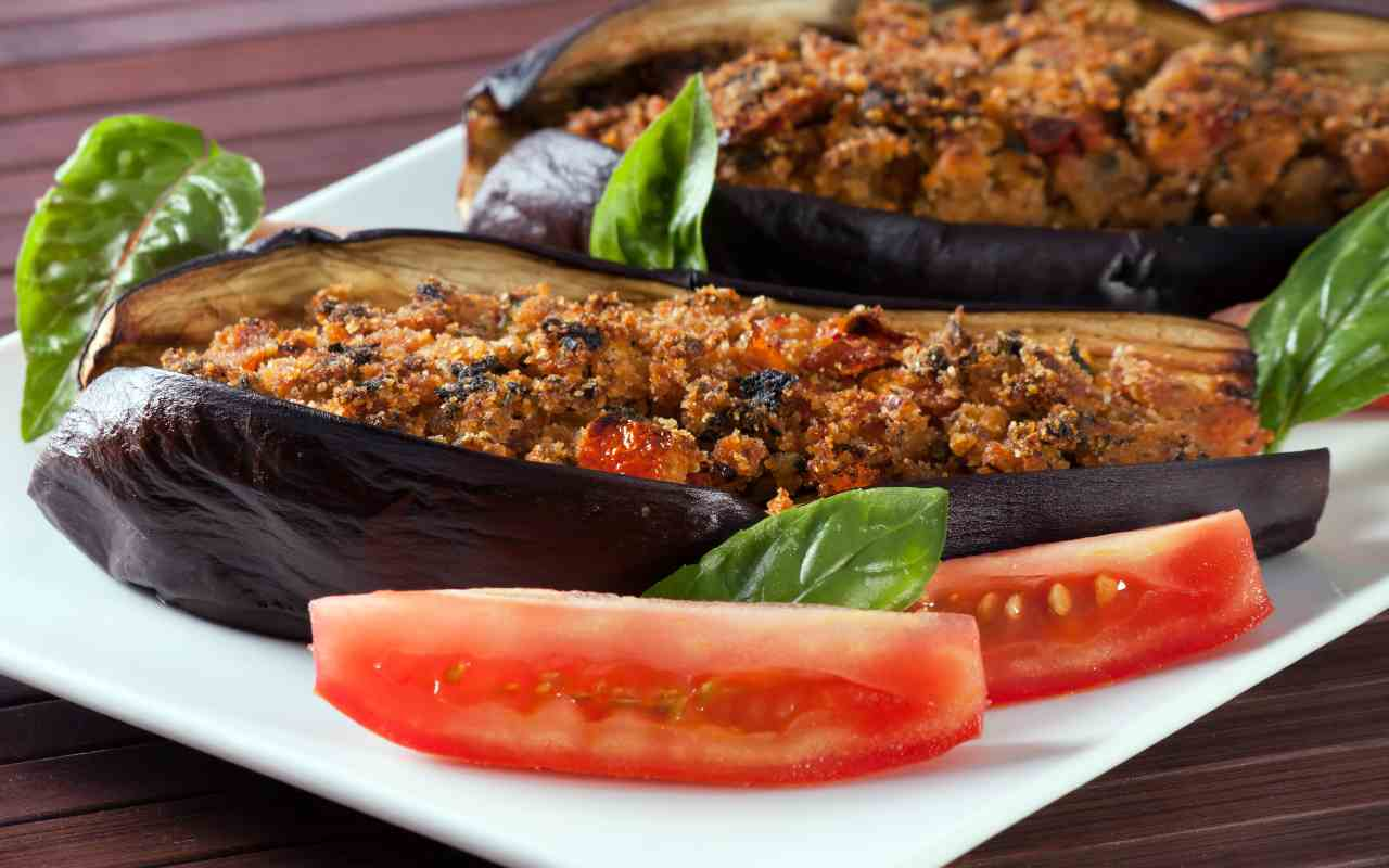 melanzane ripiene mollica pane ricetta FOTO ricettasprint