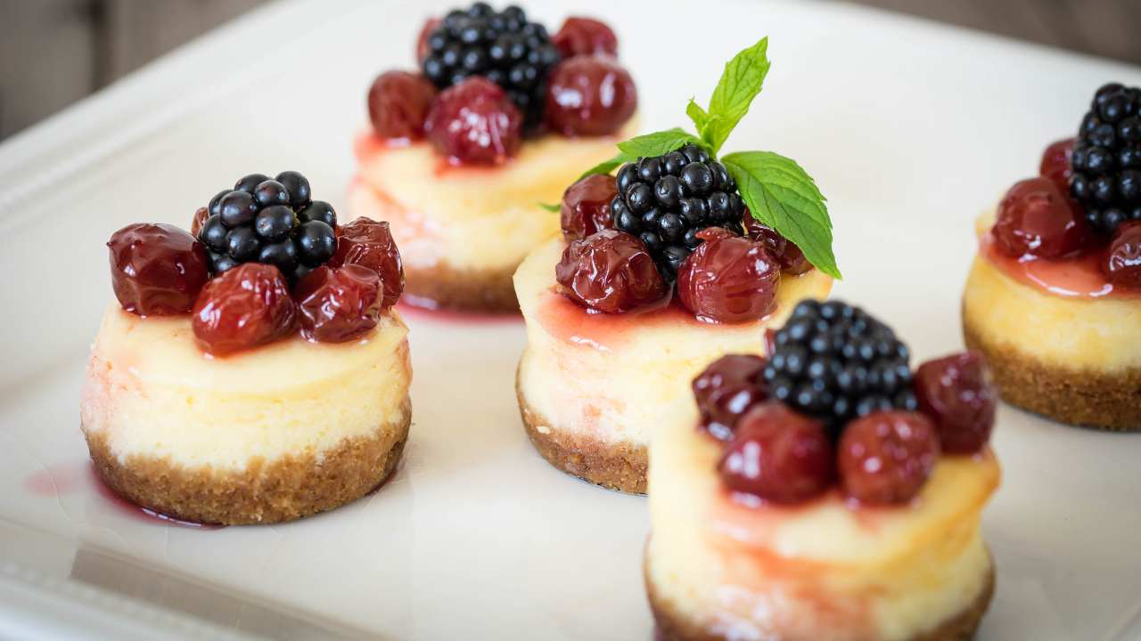 Mini cheesecake con mirtilli