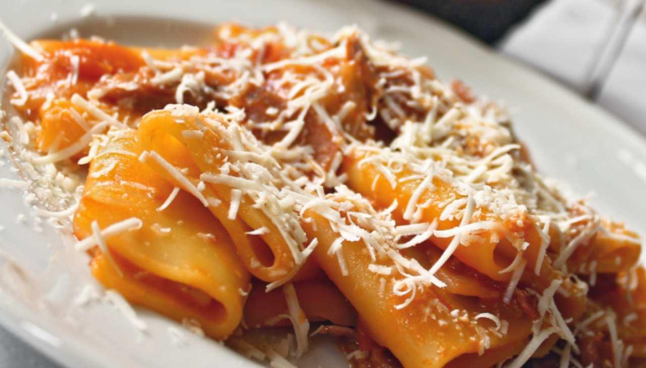 Pasta pomodoro e formaggio
