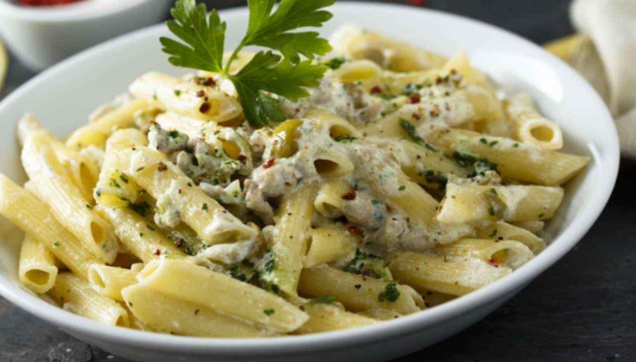 Primo con olive e formaggio