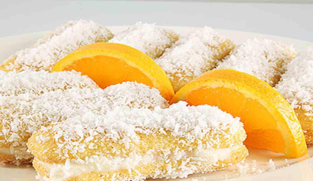 Pavesini con crema al mascarpone arancia e cocco